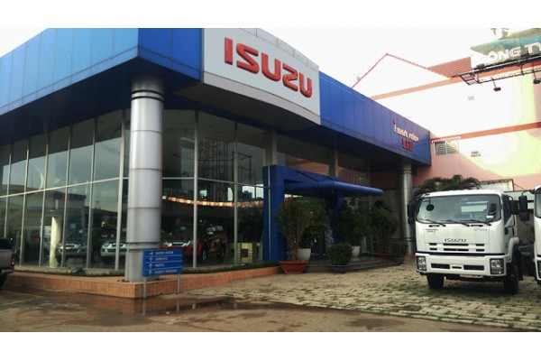 ISUZU LEE